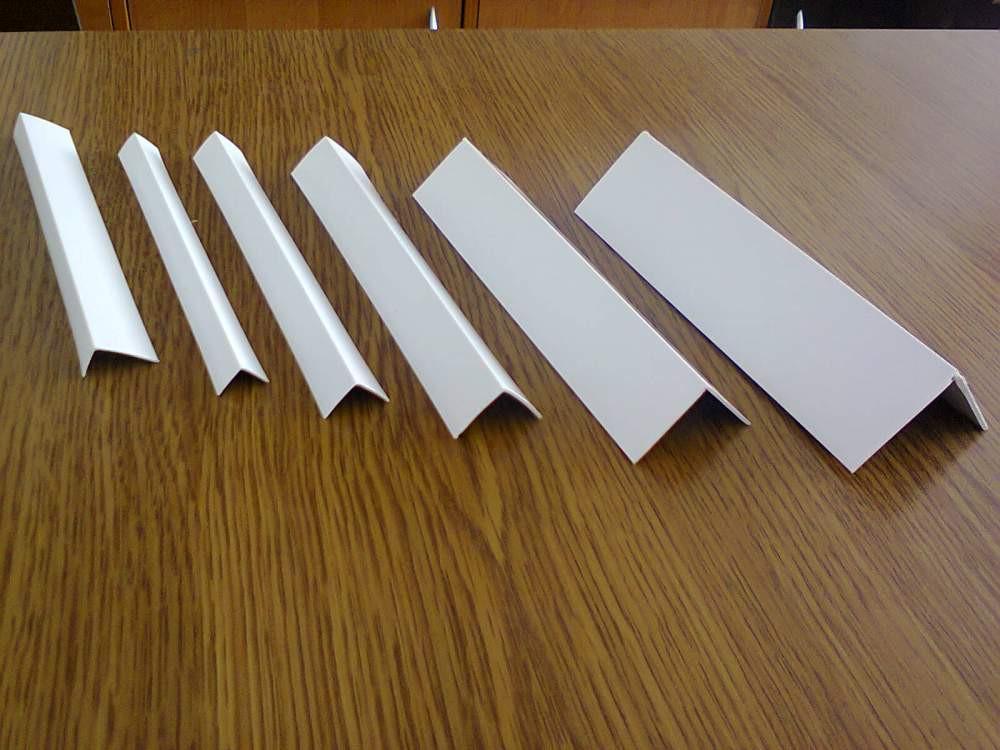 Уголок ПВХ белый 30х30мм 3м